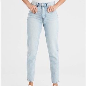 NWOT AEO mom jeans